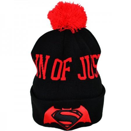 ''Batman vs Superman'' žieminė kepurė su bumbulu